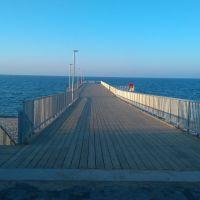 Molo-idealne do spacerów jak i wędkowania